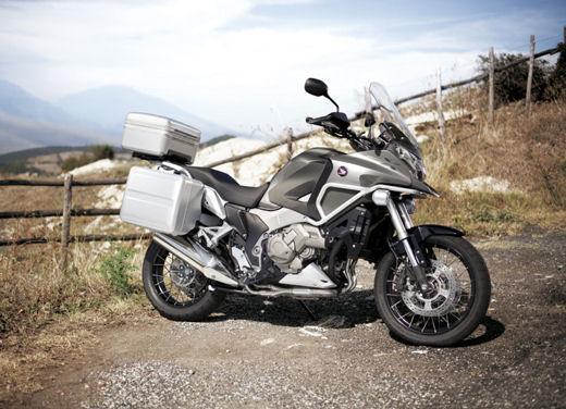 Nuova Honda CB500X in anteprima il 17 e 18 maggio nelle concessionarie ufficiali - Foto 5 di 7