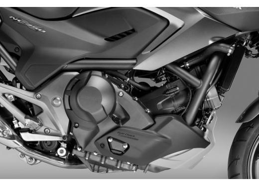 Nuova Honda NC 750X, l'enduro stradale pratica ed economica - Foto 6 di 10