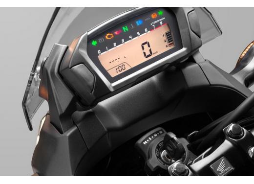 Nuova Honda NC 750X, l'enduro stradale pratica ed economica - Foto 9 di 10