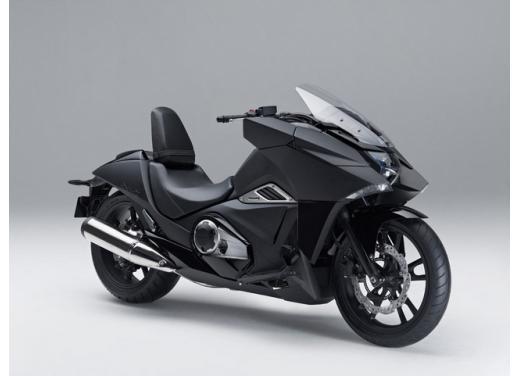 Nuova Honda NM4 Vultus
