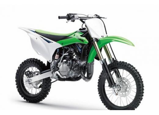 Nuova Kawasaki KX85, nuovo design e maggiori prestazioni per i futuri campioni di cross - Foto 3 di 8