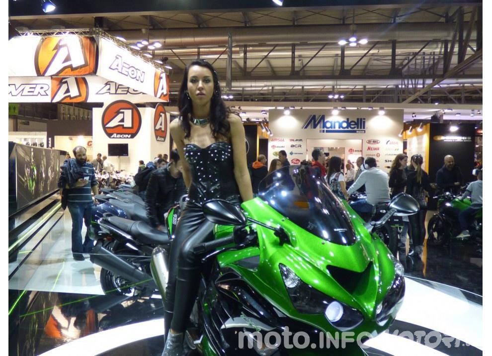 Nuova Kawasaki ZZR 1400 2016: Euro4, ma con 200CV