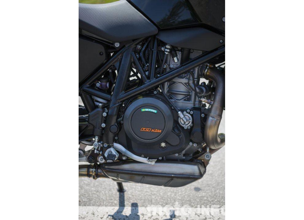 Nuova KTM 690 Duke 2016 - Foto 7 di 21