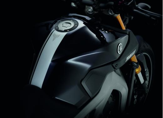 Nuova Yamaha MT-09: il tre cilindri che non ti aspetti - Foto 13 di 18