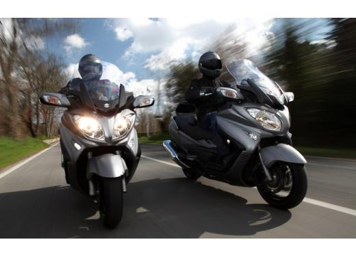 Nuovo Suzuki Burgman 650: prezzo scontato fino al 30 giugno 2013 - Foto 3 di 10