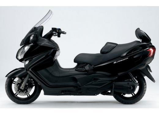 Nuovo Suzuki Burgman 650: prezzo scontato fino al 30 giugno 2013 - Foto 5 di 10