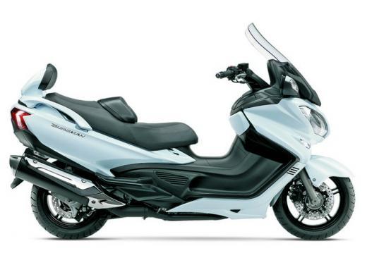 Nuovo Suzuki Burgman 650: prezzo scontato fino al 30 giugno 2013 - Foto 1 di 10