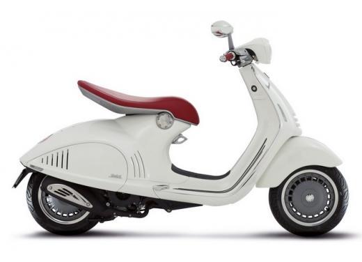 Piaggio Vespa 946 all'asta per Vespa for Children - Foto 5 di 5