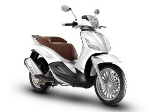 Piaggio Beverly 300 in promozione a 3.990 euro - Foto 2 di 5