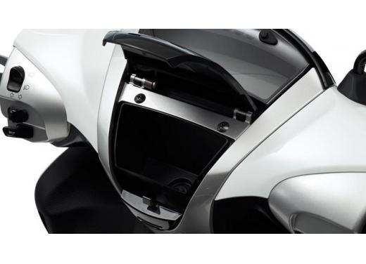 Yamaha Xenter 125 e 150 in promozione fino a marzo 2014 - Foto 6 di 10