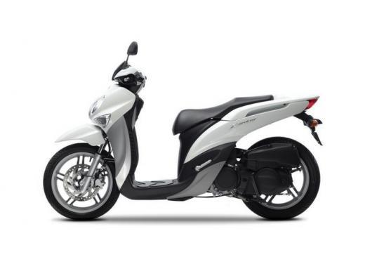 Yamaha Xenter 125 e 150 in promozione fino a marzo 2014 - Foto 3 di 10