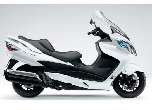 Suzuki Burgman 400 e V-Strom 650 ABS in promozione fino al 30 settembre - Foto 3 di 6