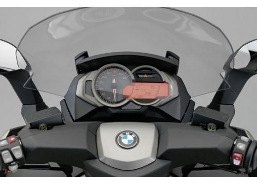 BMW C 600 Sport e BMW C 650 GT, porte aperte per i maxi scooter BMW - Foto 6 di 8
