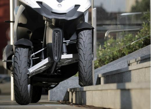 Quadro 350S: test ride a tre ruote - Foto 33 di 38