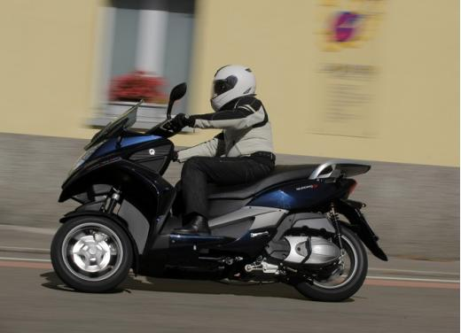 Quadro 350S: test ride a tre ruote - Foto 27 di 38