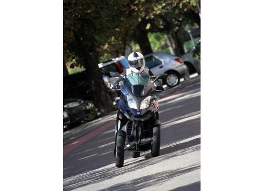 Quadro 350S: test ride a tre ruote - Foto 25 di 38
