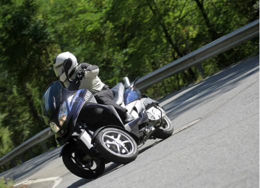 Quadro 350S: test ride a tre ruote - Foto 10 di 38
