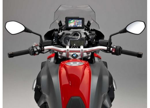 R1200 GS, l'enduro stradale di BMW si conferma la moto più venduta - Foto 3 di 8