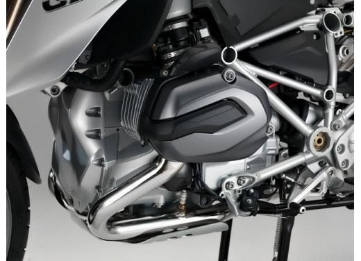R1200 GS, l'enduro stradale di BMW si conferma la moto più venduta - Foto 4 di 8