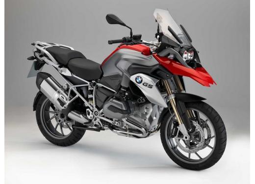 R1200 GS, l'enduro stradale di BMW si conferma la moto più venduta - Foto 2 di 8