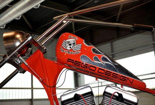 Motor Bike Expo 2012: chopper gigante by Regio Design - Foto 6 di 9