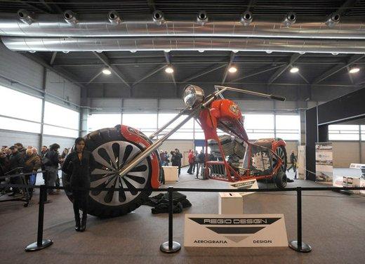 Motor Bike Expo 2012: chopper gigante by Regio Design - Foto 3 di 9