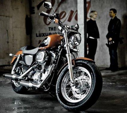 Harley Davidson 1200 Custom - Foto 24 di 34