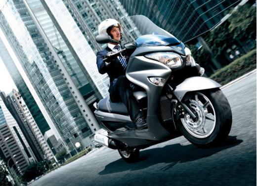 Suzuki Burgman 200 ABS - Foto 5 di 10