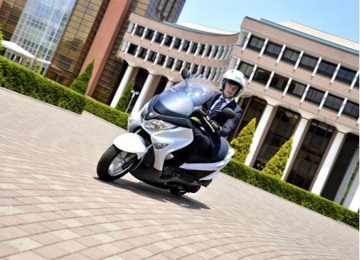 Suzuki Burgman 200 ABS - Foto 7 di 10