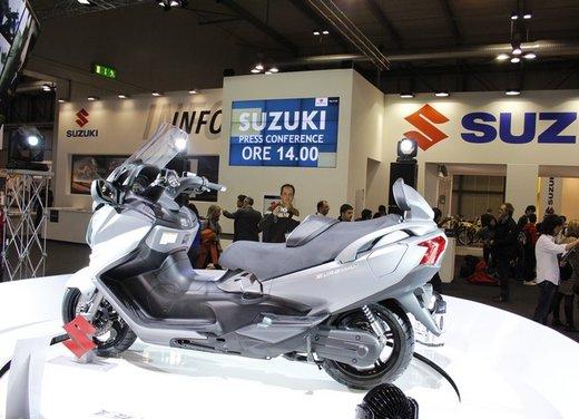 Suzuki Burgman 650 - Foto 9 di 45