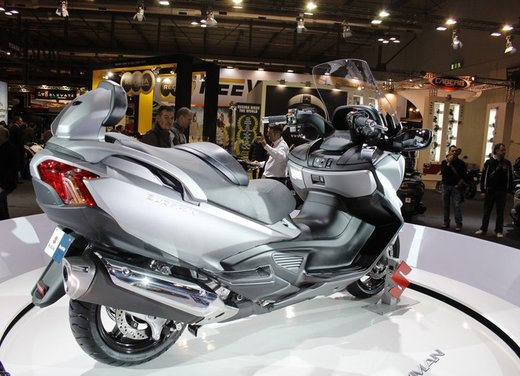 Suzuki Burgman 650 - Foto 11 di 45
