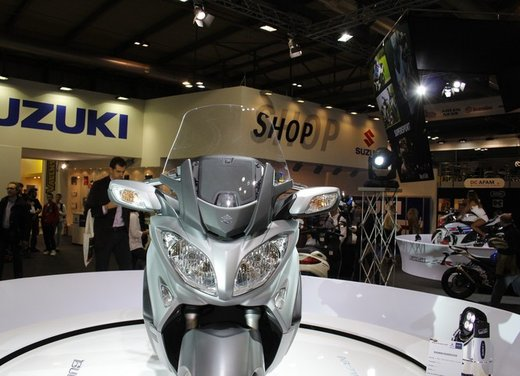 Suzuki Burgman 650 - Foto 12 di 45