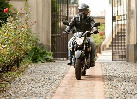Suzuki Inazuma 250 in promozione a 3.490 euro - Foto 3 di 8
