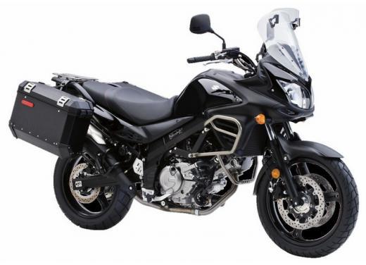 Suzuki, le moto depotenziate per la patente A2 - Foto 2 di 4