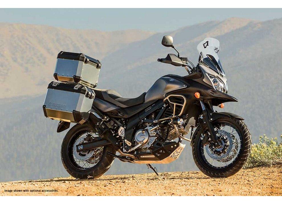 Grandi promozioni per l'enduro Suzuki V-Strom e lo scooter Suzuki Burgman