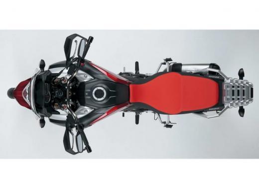Suzuki V-Strom 1000, enduro, stradale e sportiva - Foto 5 di 5