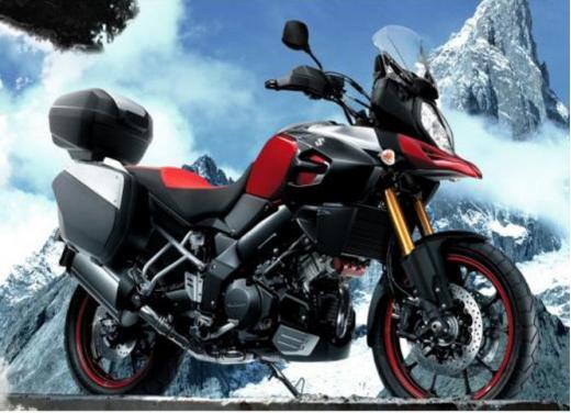 Suzuki V-Strom 1000, enduro, stradale e sportiva