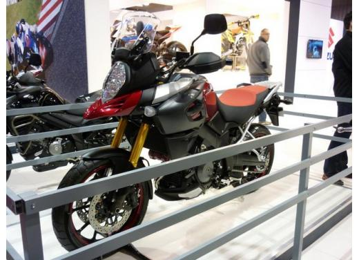 Suzuki V-Strom 1000, la tourer bicilindrica pronta al debutto - Foto 6 di 6
