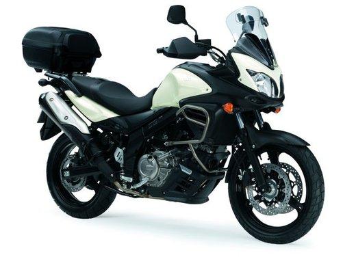 Suzuki V-Strom 650 ABS, tre kit in promozione - Foto 1 di 32