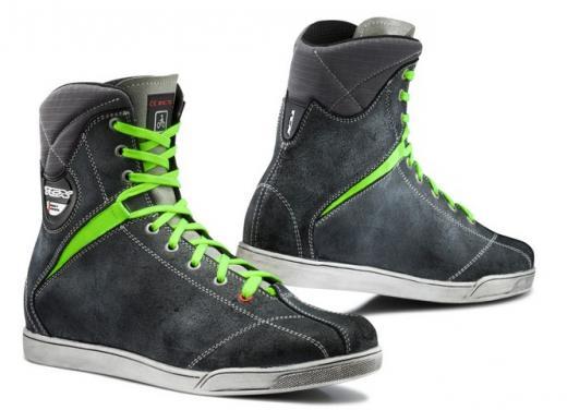 TCX: stivali e scarpe waterproof - Foto 3 di 5