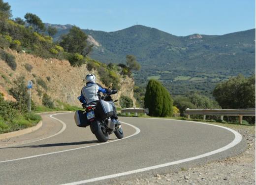Aprilia Caponord 1200 Travel Pack, prova su strada della turistica dall'indole sportiva - Foto 7 di 54