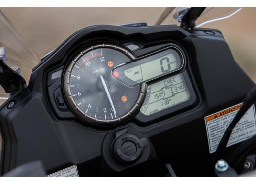 Nuova Suzuki V-Strom 1000 Abs Test Ride - Foto 13 di 16