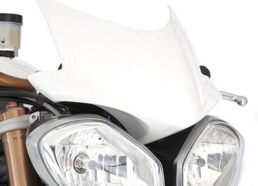 Triumph Speed Triple R ad un prezzo di 14.495 Euro - Foto 15 di 15