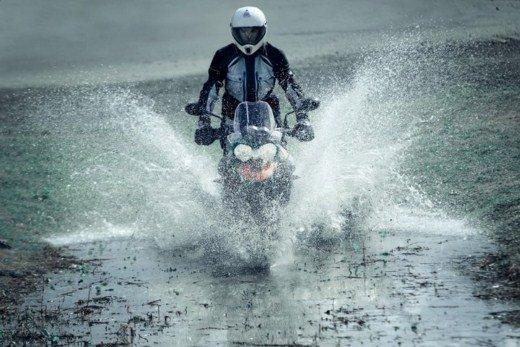 BMW K 1600 GT/GTL moto dell'anno 2011 - Foto 19 di 25