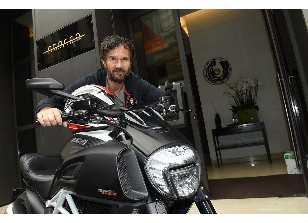 Un Ducati Diavel per lo Chef Carlo Cracco