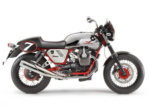 Nuova Moto Guzzi V7 - Foto 23 di 29