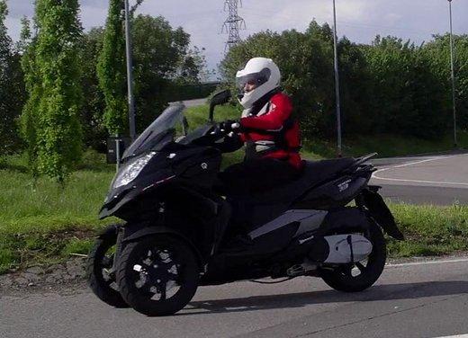Quadro 350d prova su strada: due ruote bene, tre ruote meglio - Foto 23 di 30