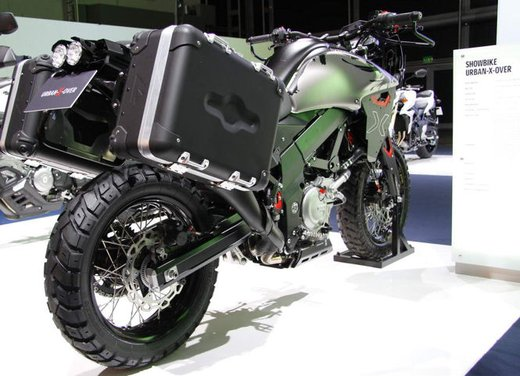 Suzuki Urban Xover - Foto 3 di 11