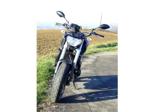 Yamaha MT-09 prova su strada - Foto 19 di 52