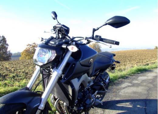 Yamaha MT-09 prova su strada - Foto 21 di 52